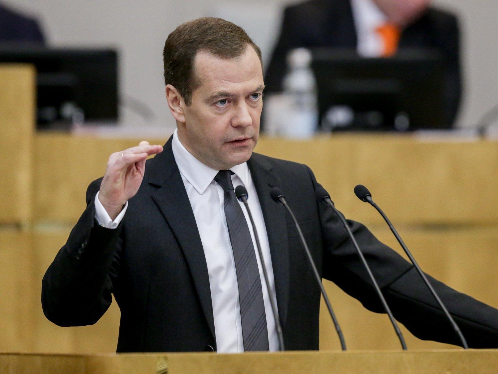 Медведев объявил оразвитии экономики РФ, невзирая насанкции и денежный кризис