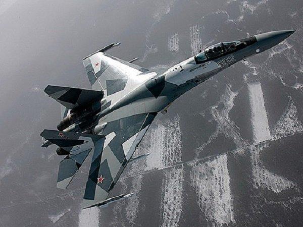 Хабаровские пилоты выполнили тренировки нановейших истребителях Су-35С вАрктике