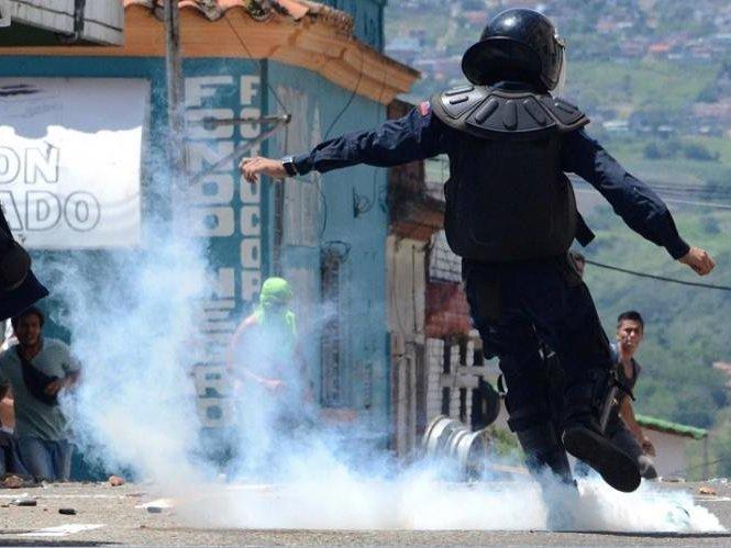 ВВенесуэле военные подняли мятеж против президента Мадуро