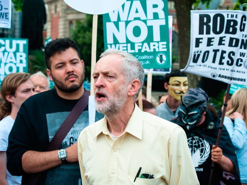 Лейбористы отказались отсоздания коалиции впарламенте Англии