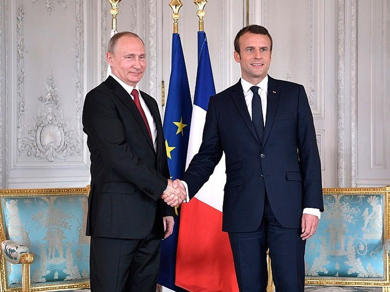 Макрон собирается посетить Российскую Федерацию доПетербургского международного финансового форума— Посол Франции