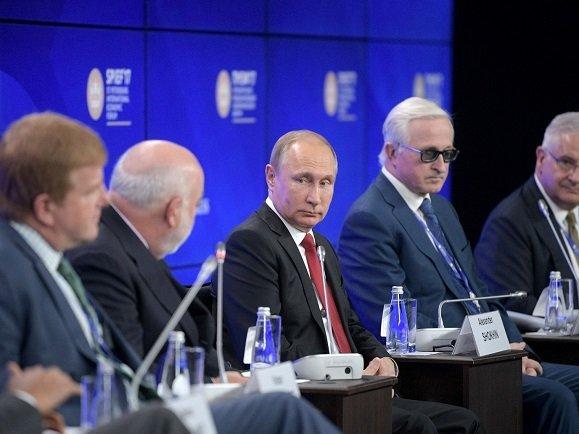 ВКремле обещали изучить письмо предпринимателей оналоговой нагрузке