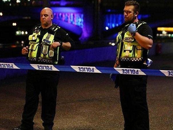 В итоге  наезда фургона напешеходов встолице Англии  умер  один человек