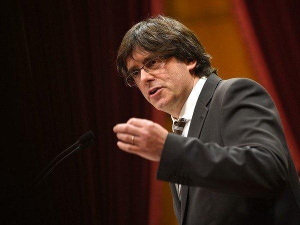 Референдум онезависимости испанской Каталонии пройдет 1октября 2017г.