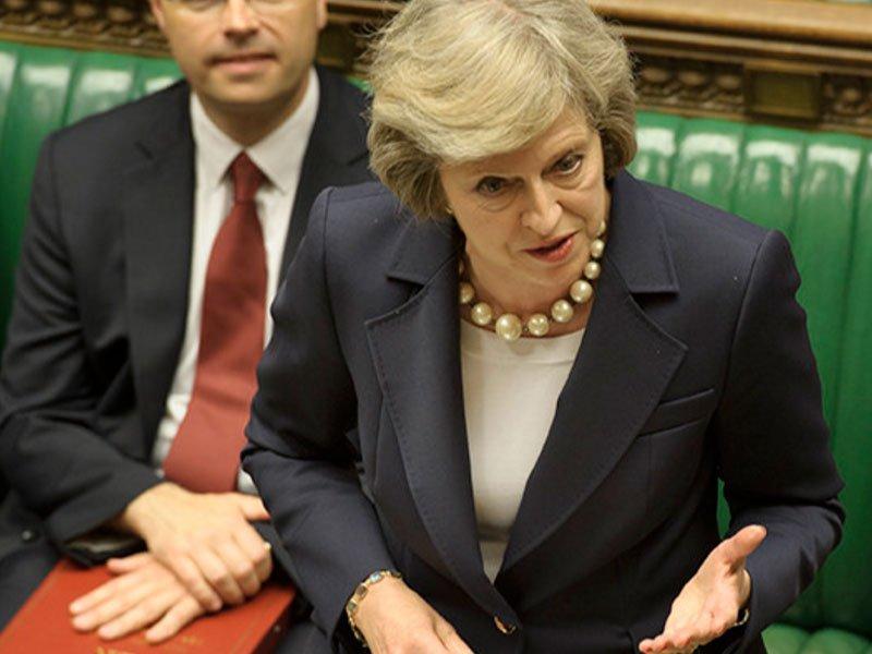 Около 50 консерваторов вбританском парламенте обсуждают отставку Мэй -- Би-би-си
