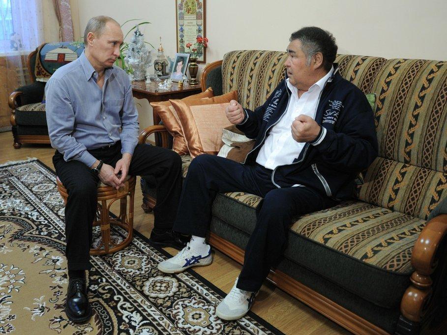 РБК информирует оботставке Амана Тулеева после президентских выборов