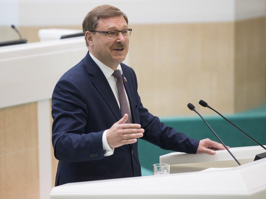 Один изпосетивших столицу Российской Федерации парламентариев США находится всанкционных спискахРФ