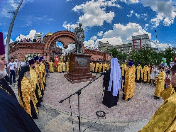 Сталинисты призвали прокуратуру снести монумент НиколаюII