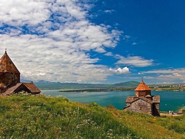 Русский военнослужащий сбазы Гюмри потонул возере Севан вАрмении