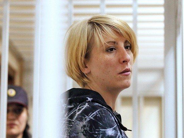 14 летняя дочь подает на отца в суд Олвин долго