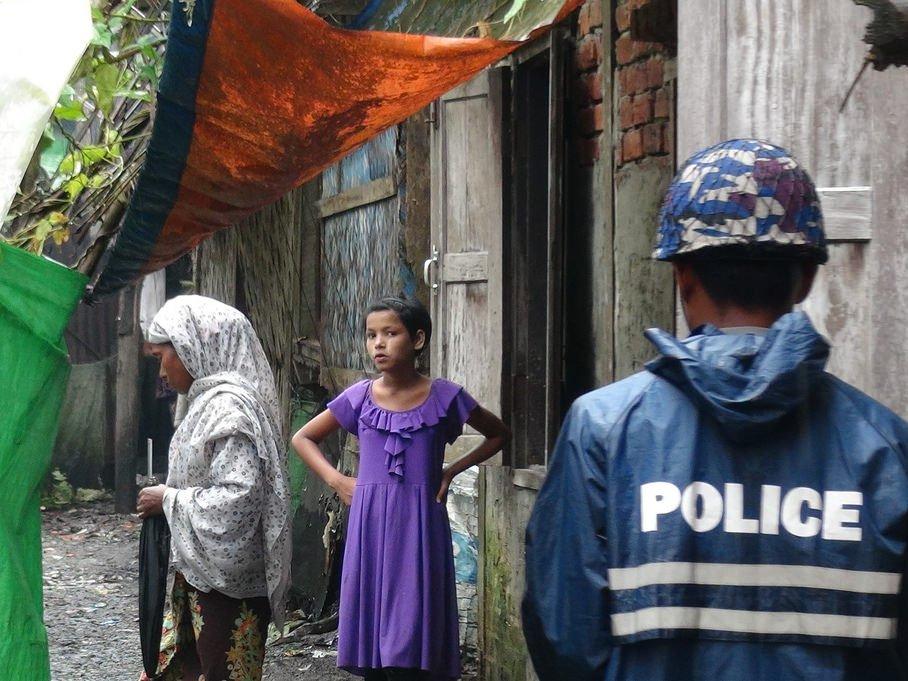 Amnesty International орохинджа: власти Мьянмы «прячут голову впесок»