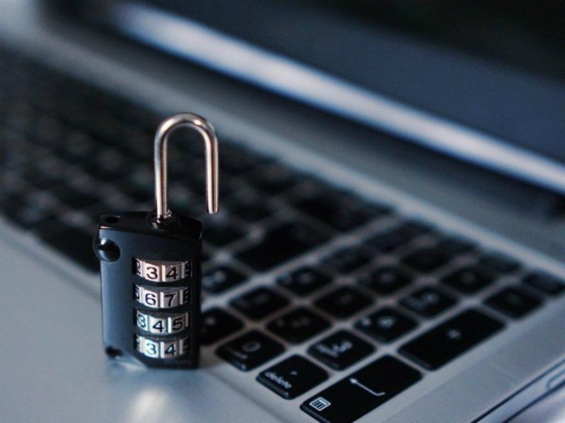 Государственная дума позволила закрывать интернет-ресурсы нежелательных компаний досуда