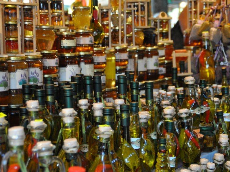 Легализация интернет-торговли спиртом понизит цену напродукты— специалист