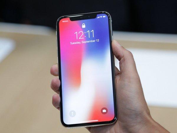 Apple уменьшает производство iPhone Xиз-за низких продаж