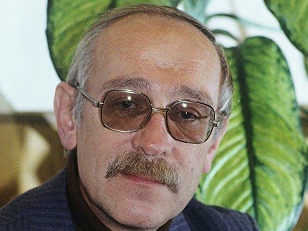 Скончался один из основоположников КВН Андрей Меньшиков