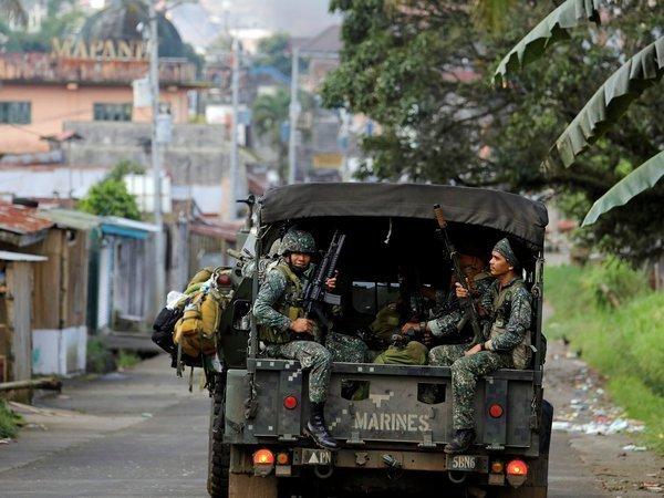 Руководство Филиппин объявило опобеде над террористамиИГ вМарави