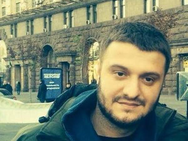 Сына Авакова повели вНАБУ, чтобы объявить подозрение