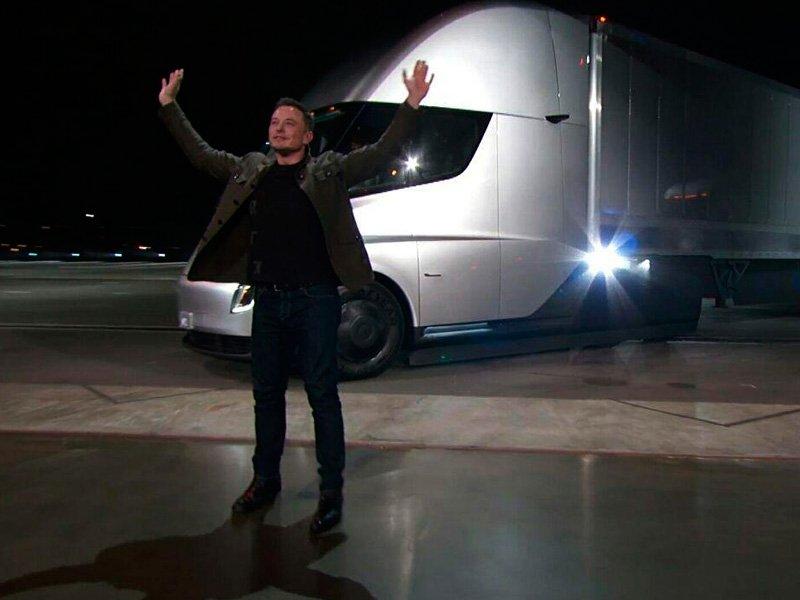 Топ-менеджер Tesla перешёл к соперникам нафоне очередной трагедии