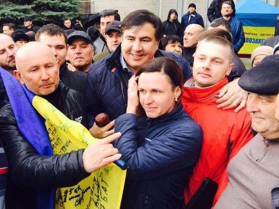 Митинг Саакашвили вцентре столицы Украины собрал 2,5 тысячи человек