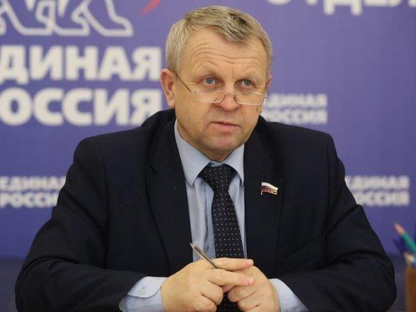 В «Единой России» отказались лишать мандата самого богатого депутатаГД
