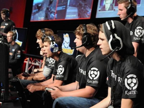 Команда геймеров