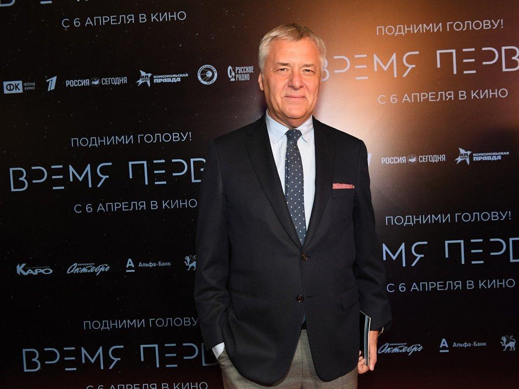 Медведев освободил Бородачева отдолжности гендиректора Госфильмфонда