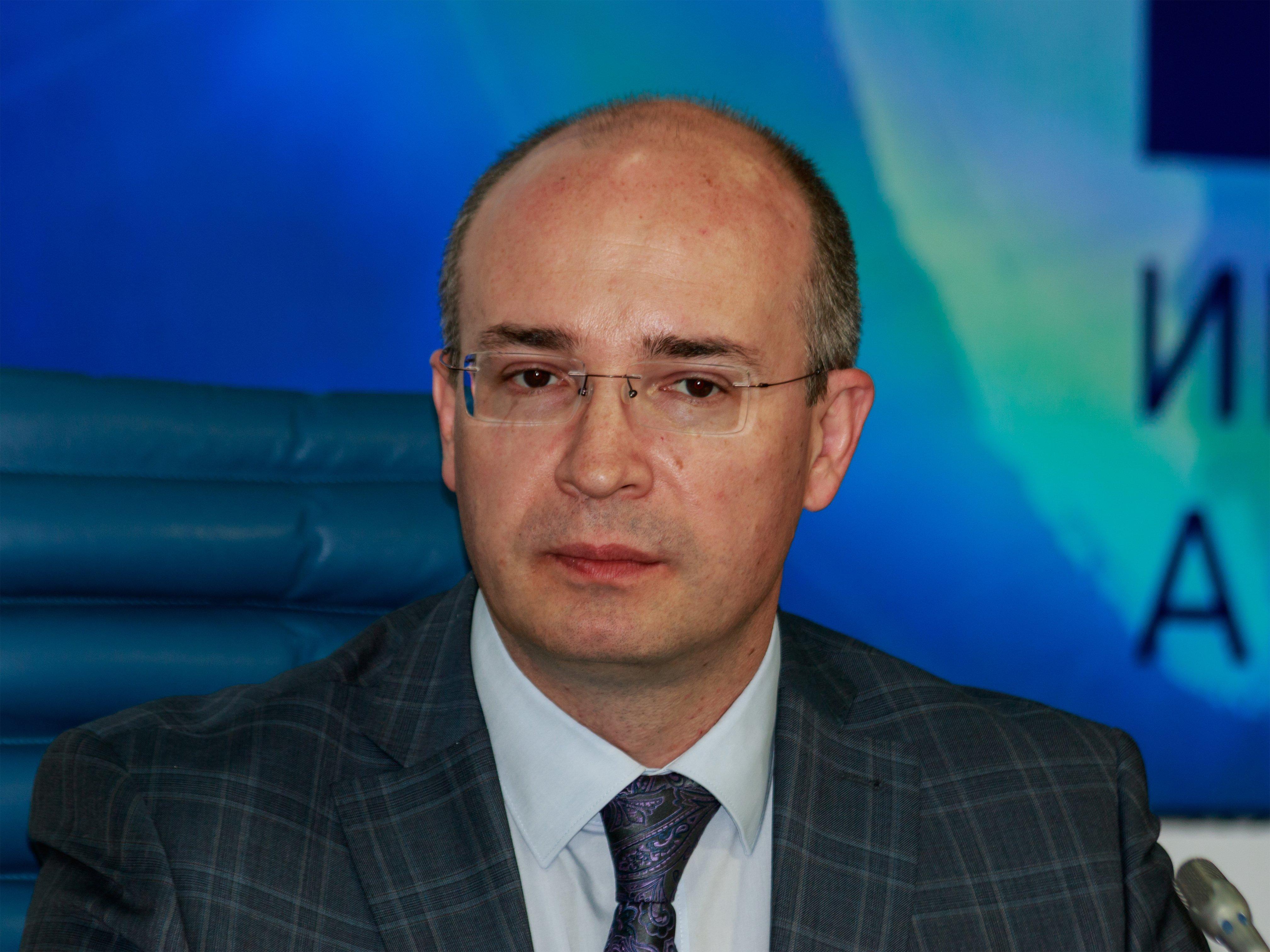 Число собранных вподдержку выдвижения В.Путина подписей превысило млн