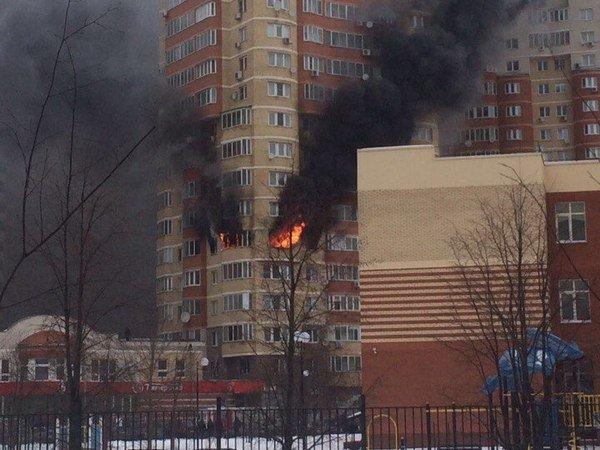 СКрасследует смерть людей впожаре вмногоэтажке Красногорска