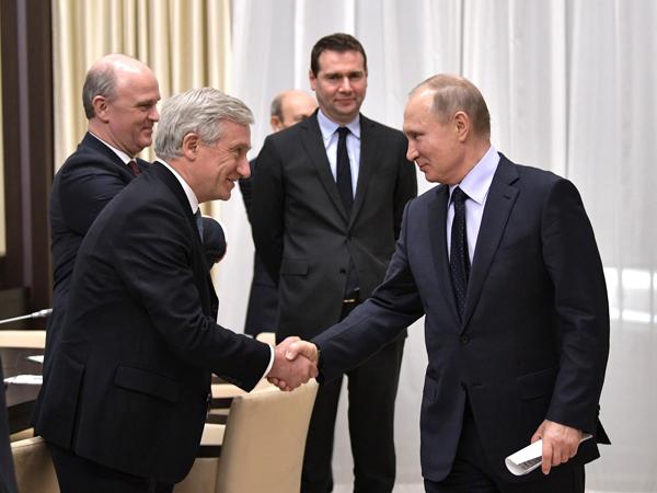 РФстремится развивать разговор сФранцией напрагматичной иравноправной основе— Путин