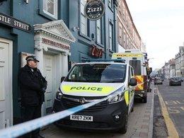 Полиция и скорая у ресторана Zizzi, где обедал Сергей Скрипаль