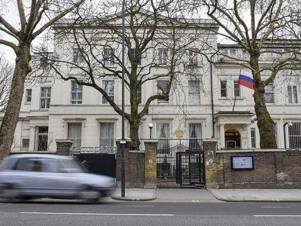 ПосольствоРФ встолице Англии запросило информацию о новейшей версии событий вСолсбери