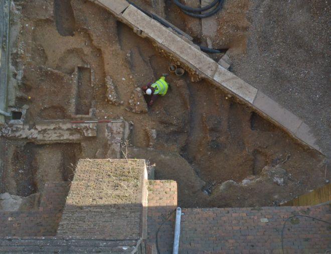 В Англии нашли фундамент собора XI века