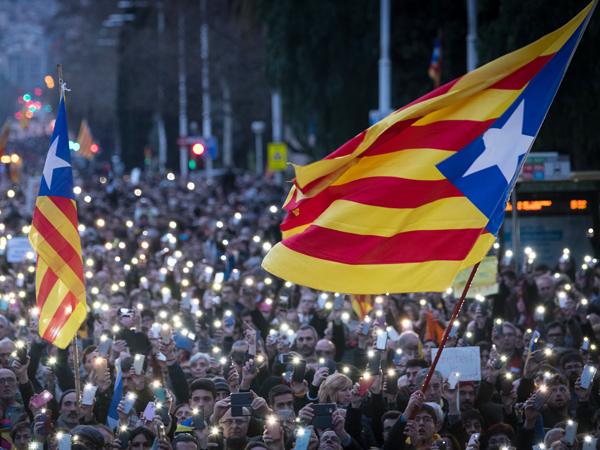 Испания выдала ордер наарест Пучдемона вГермании