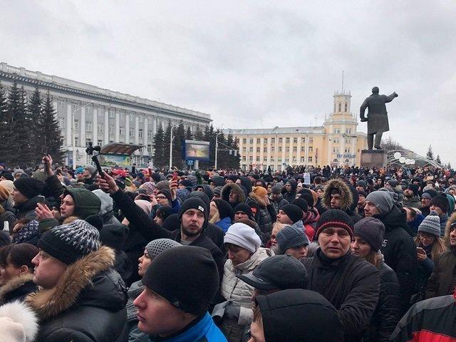 Мэр Кемерово направил 5 участников акции вгородской морг