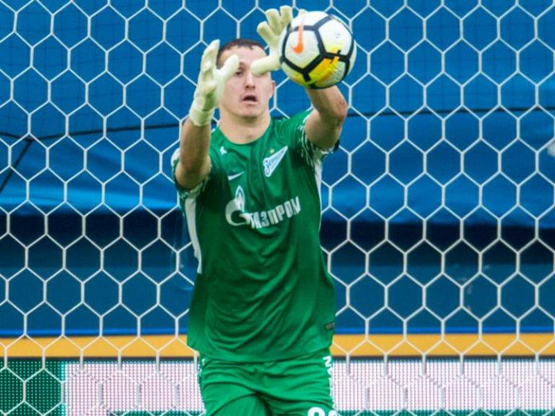 Вратарь «Зенита» Лунев был заменен из-за травмы вовремя матча с«Анжи»