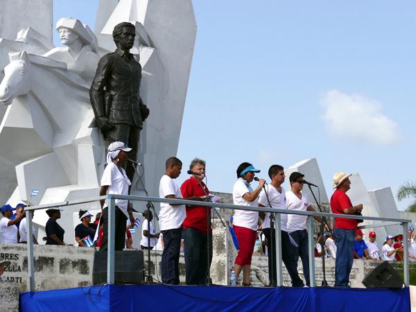 Уход Рауля Кастро: историческая веха или символический шаг