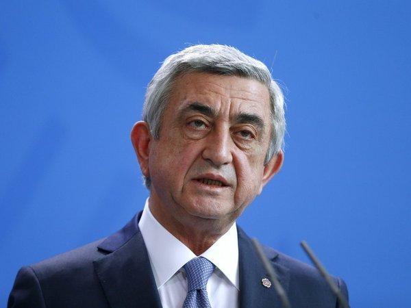 Саргсян пообещал оставаться увласти дорешения проблемы Карабаха