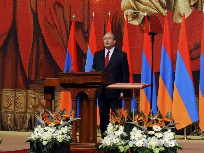 Кпротестам вгосударстве привели накопленные социальные проблемы— Президент Армении