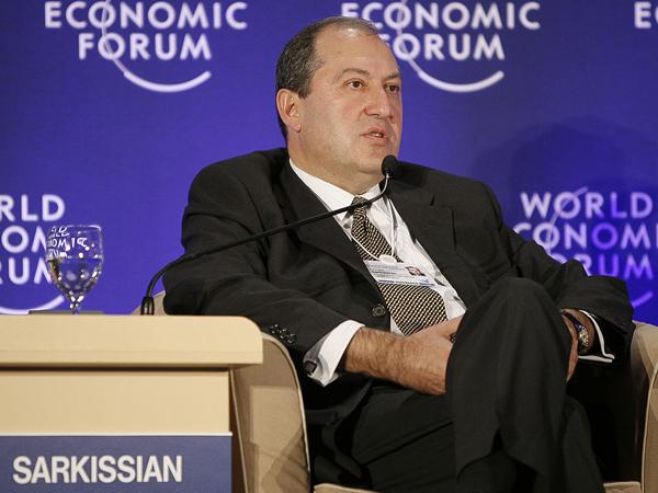 Пашинян: смена власти вАрмении неухудшит отношения сРФ