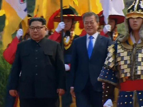 ЛидерыРК иКНДР посадили сосну награнице 2-х стран— Символ мира