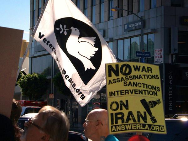 Протест против санкций по отношению к Ирану greg lilly