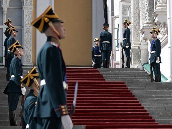 Сурков больше небудет ассистентом  В. Путина