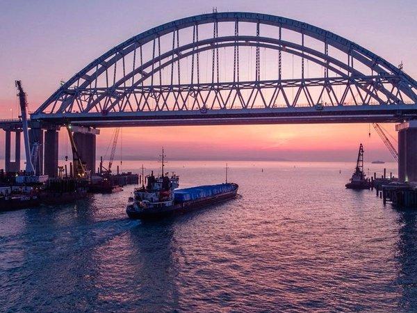 Украина составила санкционный список из-за Крымского моста