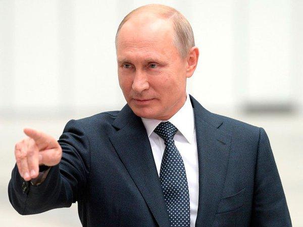 Путин признал недостаток творческого начала в ЕГЭ