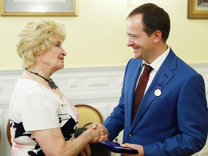 Мединский получил премию Пикуля зароман «Стена»