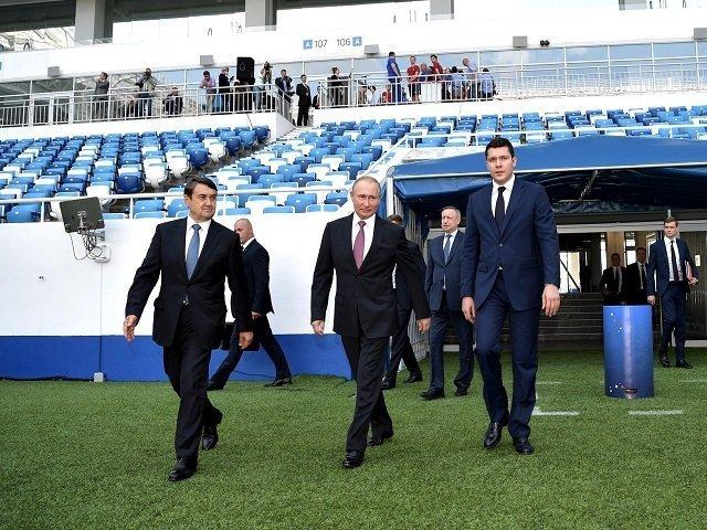 Владимир Путин на стадионе «Калининград»