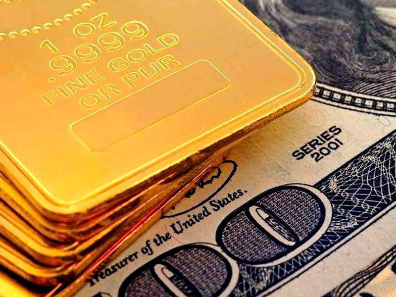 Российская Федерация отказывается отдоллара впользу золота
