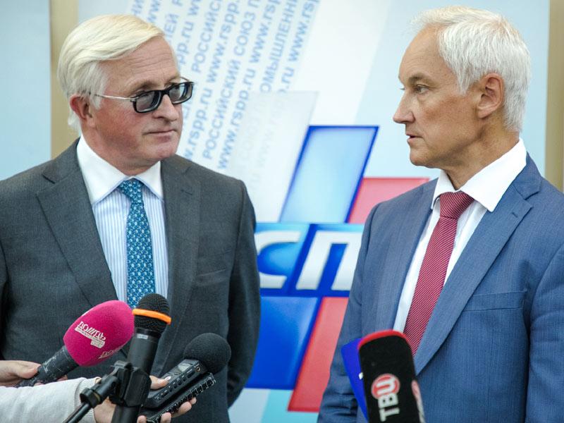 Отечественных бизнесменов таки заставили вкладываться в Россию