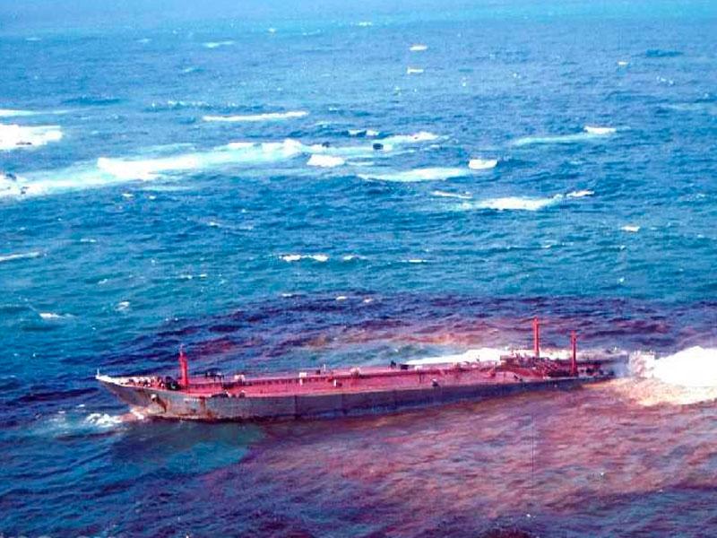 Атаки в Оманском заливе