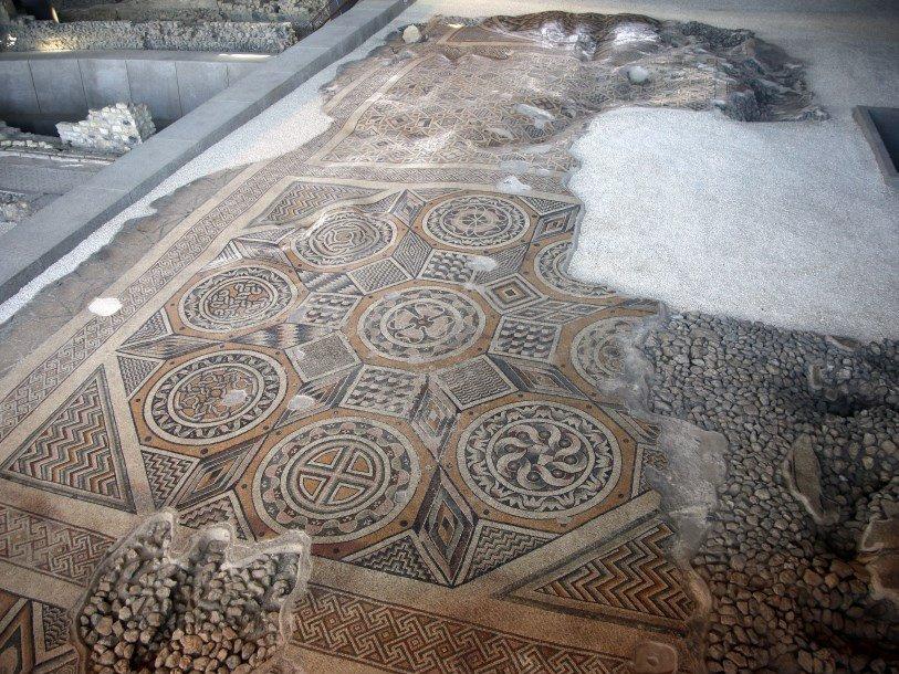 Крупнейшая в мире неповрежденная античная мозаика станет доступной для публики